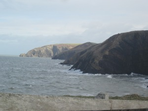 Cliffs, Ceibwr