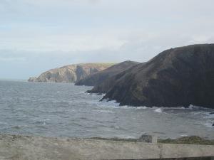 Cliffs, Ceibwr